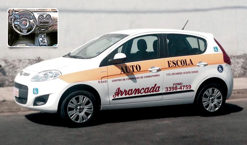 CARRO ADAPTADO PARA PESSOAS COM NECESSIDADES ESPECIAIS